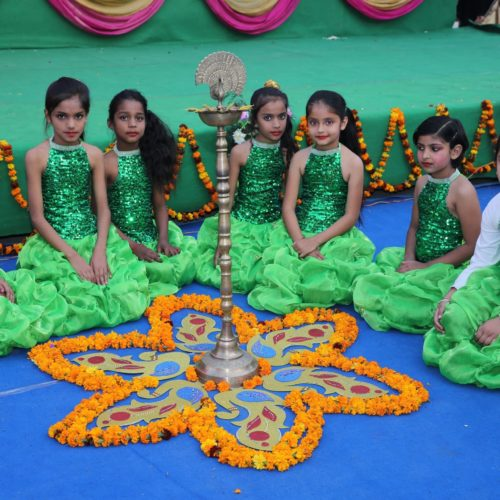Flower Rangoli-min